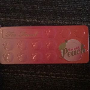Too Faced Sweet Peach Pallete